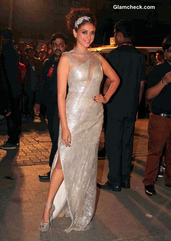 Aditi Rao Hydari in Gaurav Gupta Couture at Filmfare Awards 2014