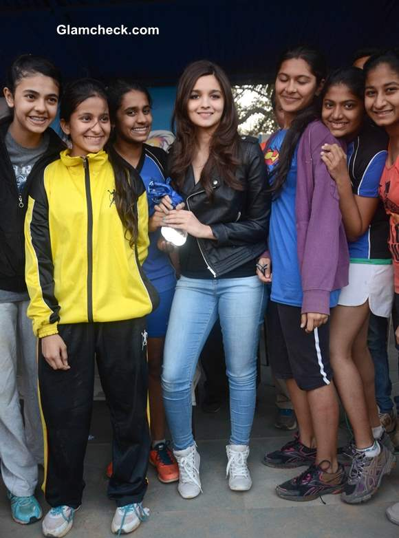 Alia Bhatt at Mumbai School Prize Distribution Ceremony