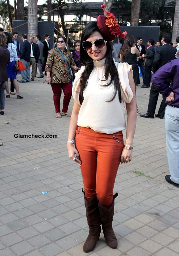 Amy Billimoria at Midday Trophy 2014