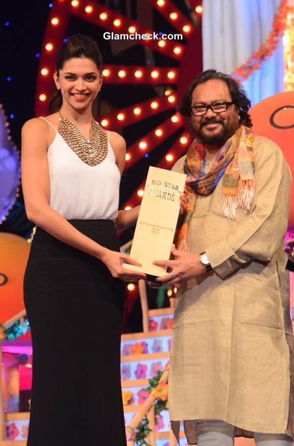 Big Star Entertainment Awards 2013 Deepika Padukone