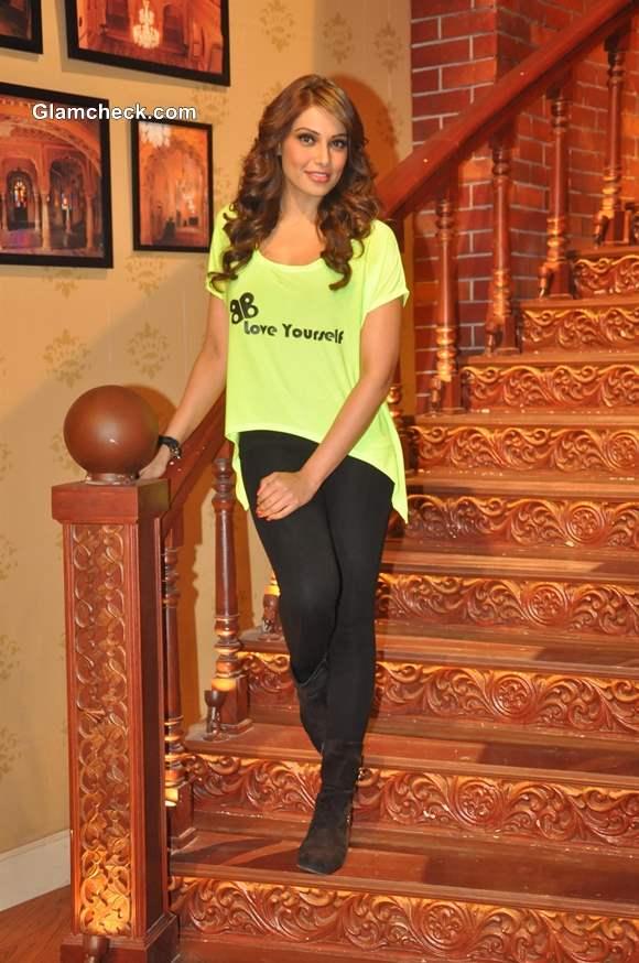 Bipasha Basu Promotes Unleash Fitness DVD