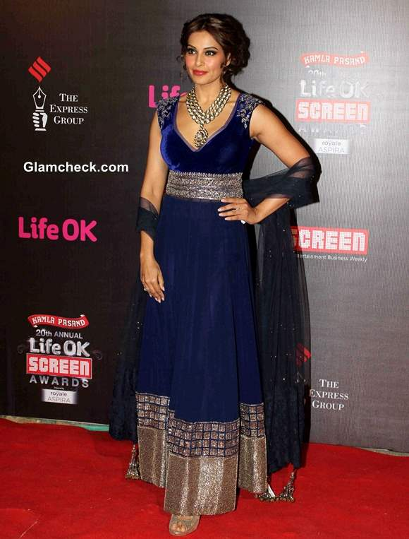 Bipasha Basu Stunning in a Blue Anarkali at 2014 Life OK Awards