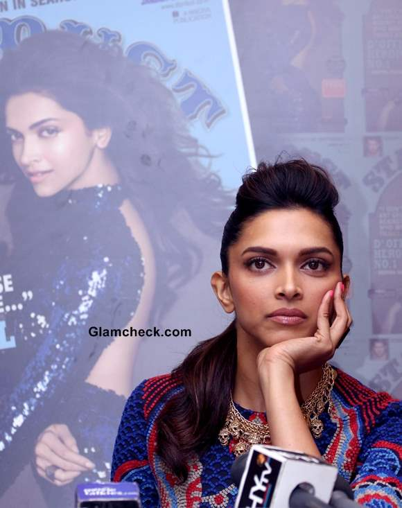 Deepika Padukone at the launch of Stardust cover January 2014 issue Pictures