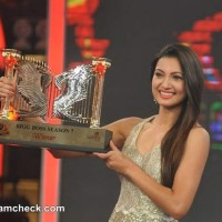 Gauhar Kushal to turn opponents for Khatron Ke Khiladi