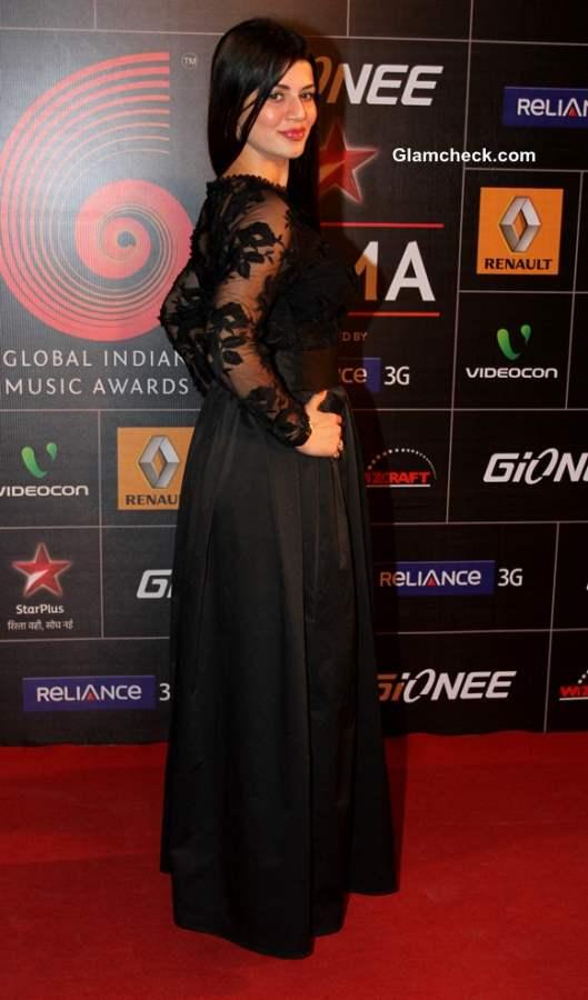 Kainaat Arora at Global Indian Music Academy Awards 2014