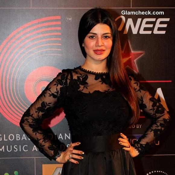 Kainaat Arora at the Global Indian Music Academy Awards 2014
