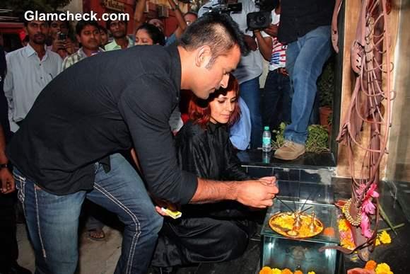 MS Dhoni Launches Sapna Bhavnani Mad-O-Wat Salon in Mumbai