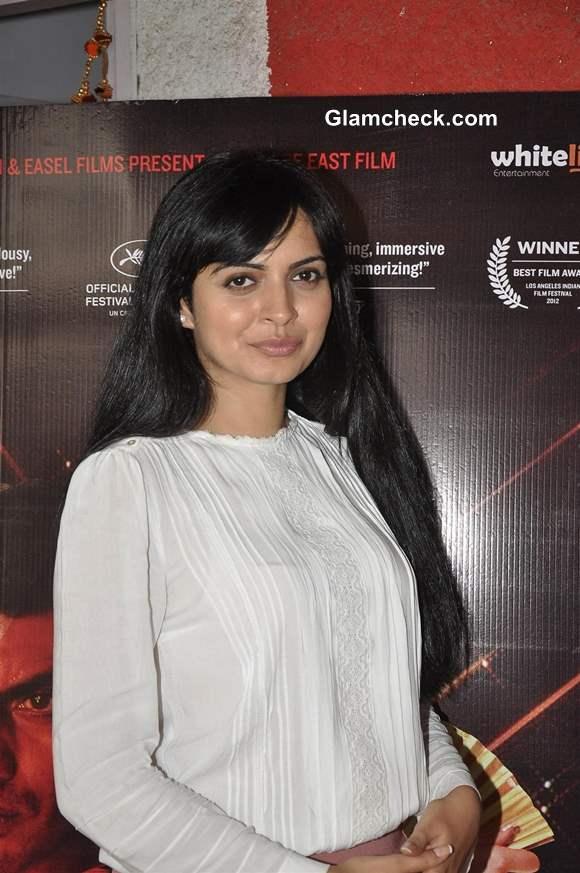Niharika Singh Promotes Miss Lovely in Mumbai