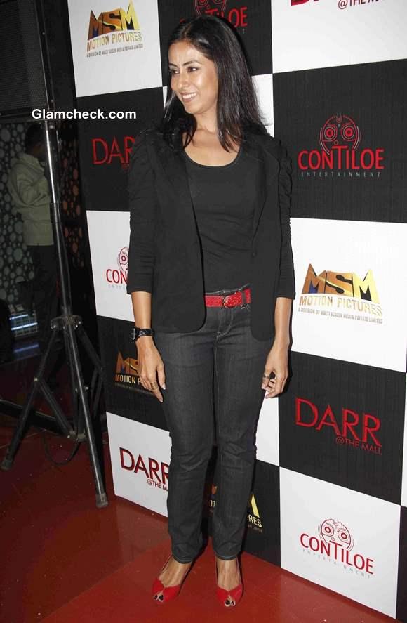 Nivedita Bhattacharya in Darr @ The Mall