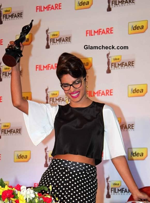 Priyanka Chopra Goes Nerdy Glam to Announce 59th Idea Filmfare Awards 2013