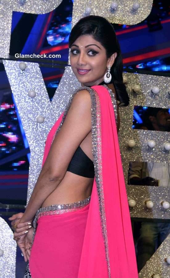 Shilpa Shetty in Manish Malhotra Pink Sari on Nach Baliye