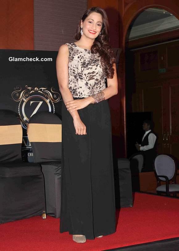 Singer Shweta Pandit at Barkhaa Launch in Mumbai