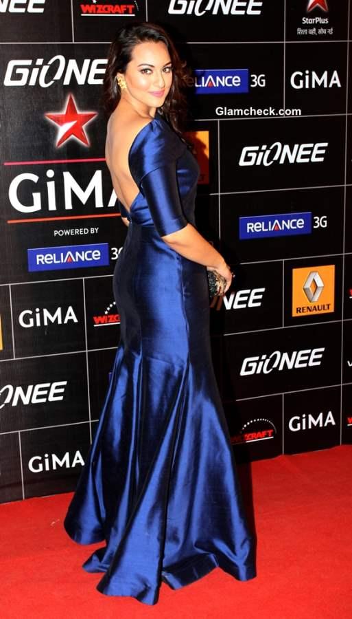 Sonakshi Sinha in Gauri Nainika Gown at GIMA 2014