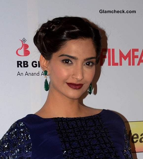 Sonam Kapoor Hair and Makeup at the 59th Idea Filmfare Pre-awards Party