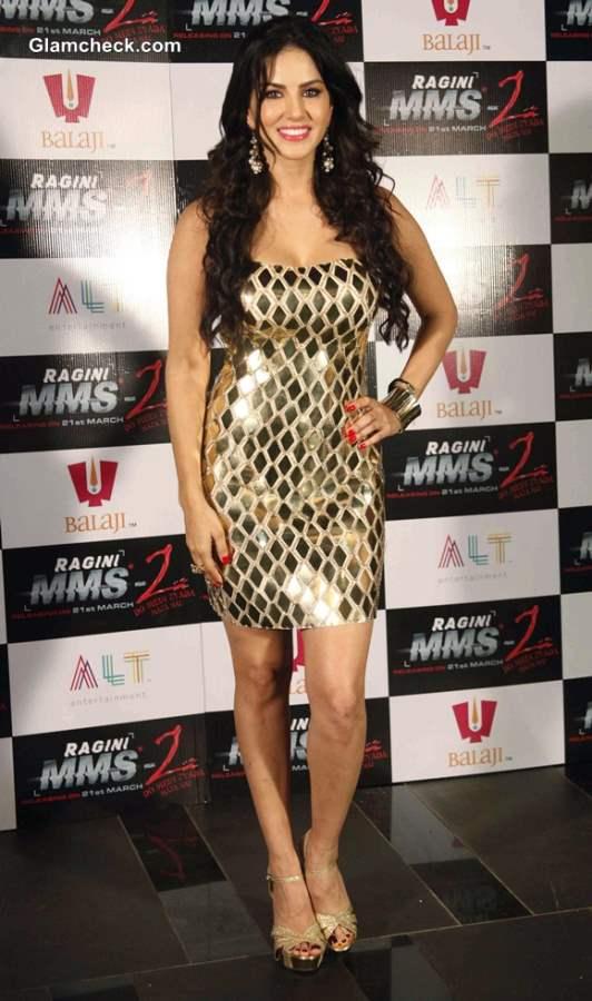 Sunny Leone Chaar Bottle Vodka for Ragini MMS 2