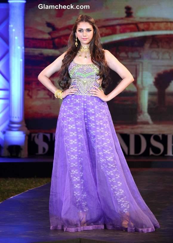 Aditi Rao Hydari at Jewellery Fashion Show 2014