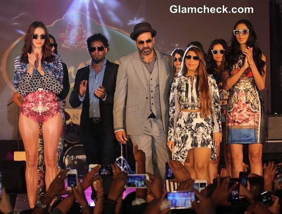 Akshay Kumar with fashion designers Falguni and Shane Peacock