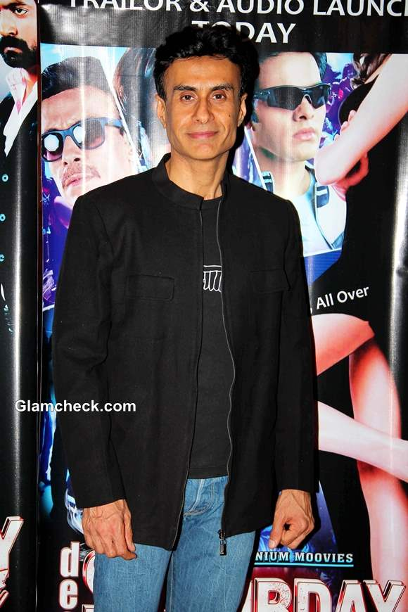 Arif Zakaria Dee in Saturday Night