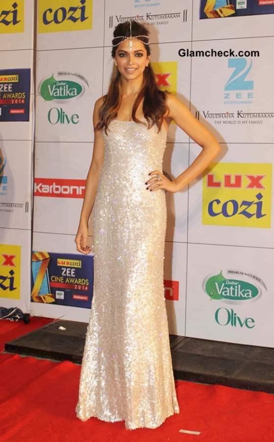 Deepika Padukone Chain Hair Accessory Steals Spotlight from Naeem Khan Sequinned Gown