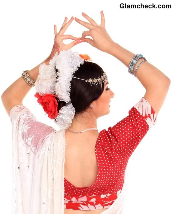 Gajra Hairstyles Indian Women
