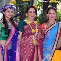 Hema Ahana Esha Deol Shine at Ahanas Mehendi Ceremony