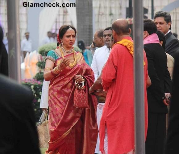 Hema Malini during the wedding ceremony of Ahana Deol and Vaibhav Vora