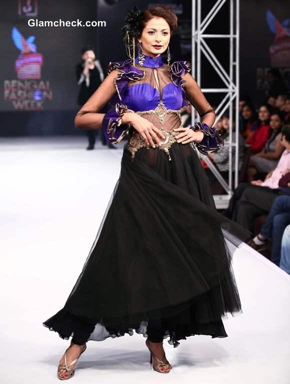 Jaya Mishras Gaja Gamini at Kingfisher Ultra Bengal Fashion Week 2014