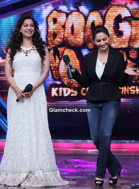 Juhi and Madhuri Hit the Sets of Boogie Woogie