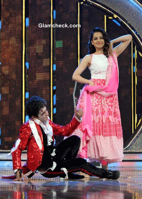 Kangana Ranaut Promotes Queen on Dance India Dance 4