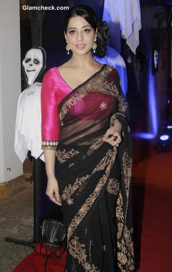 Mahie Gill 2014 in Saree
