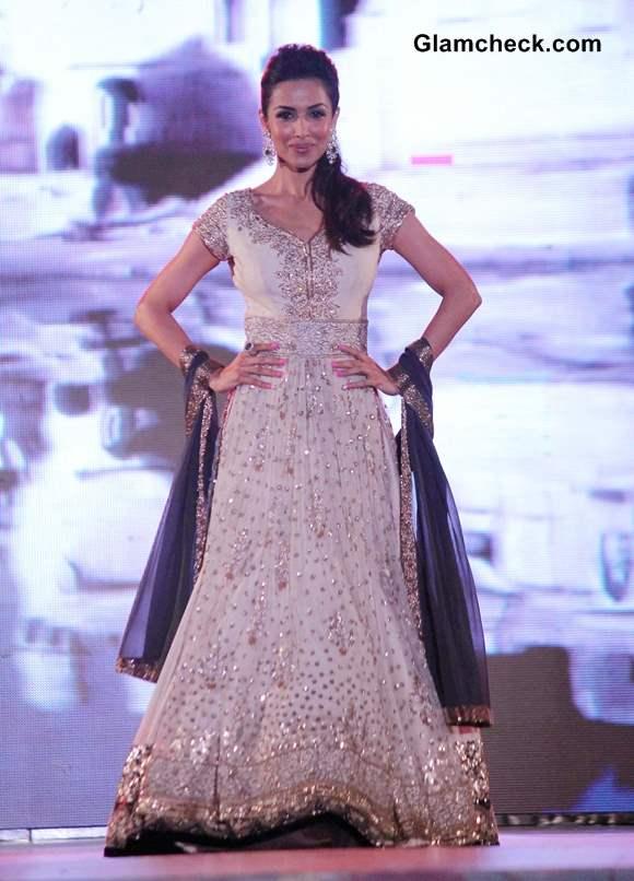 Malaika Arora Khan 2014 in Manish Malhotra Outfit