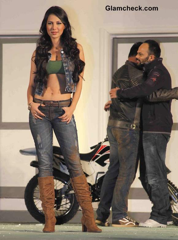 Model Rochelle Maria Rao Fear Factor - Khatron Ke Khiladi Season 5