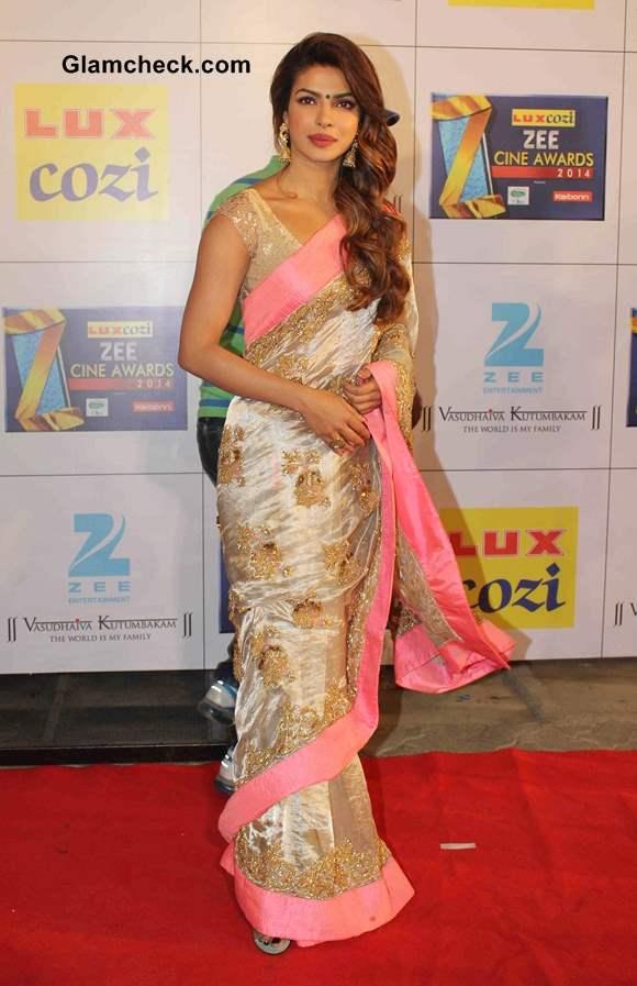 Priyanka Chopra 2014 in Sari at Zee Cine Awards 2014