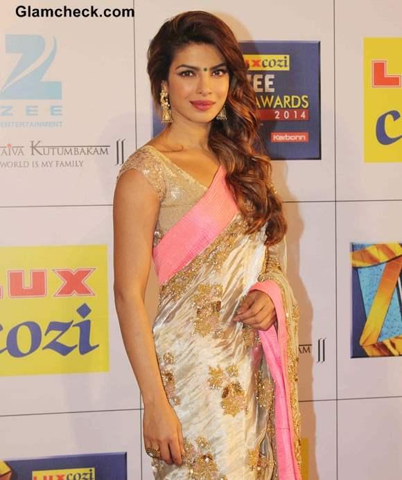 Priyanka Chopra 2014 in sari pictures