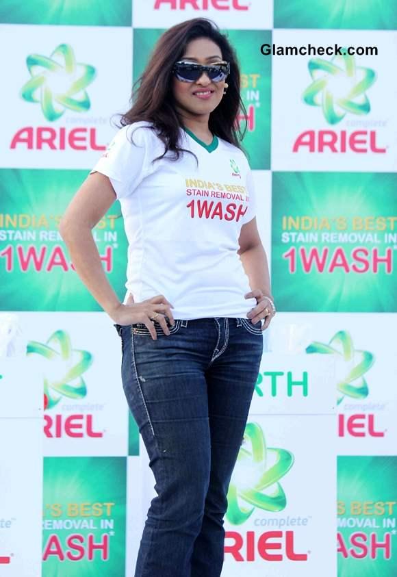 Rituparna Sengupta at 2014 Ariel Event