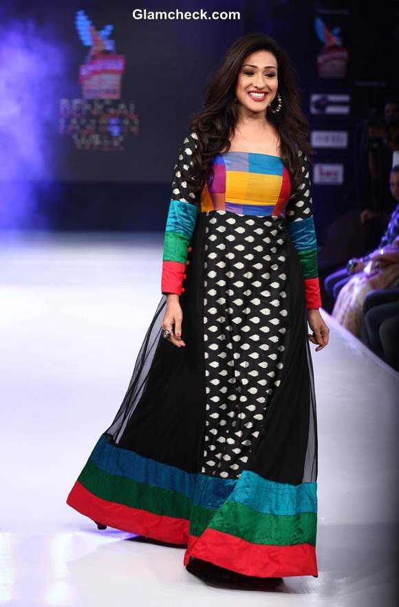 Rituparna Sengupta for Agnimitra Paul at Kingfisher Ultra Bengal Fashion Week 2014