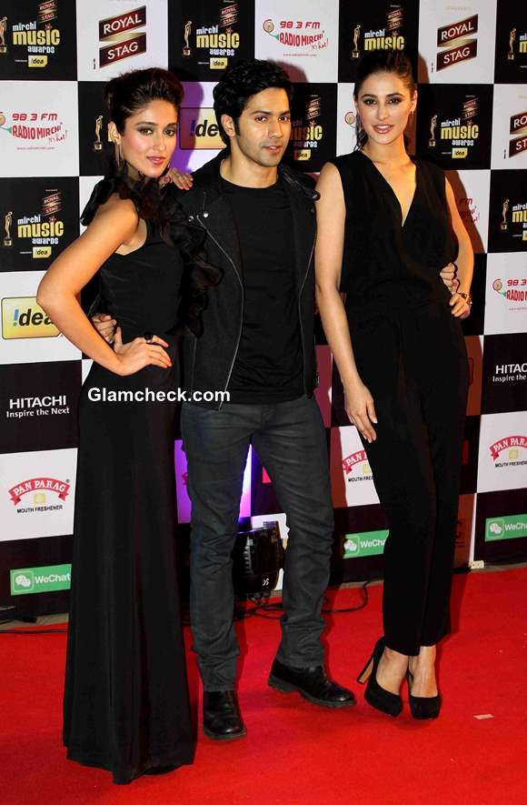 Cast of Main Tera Hero Promote film on Mirchi Music Awards Red Carpet