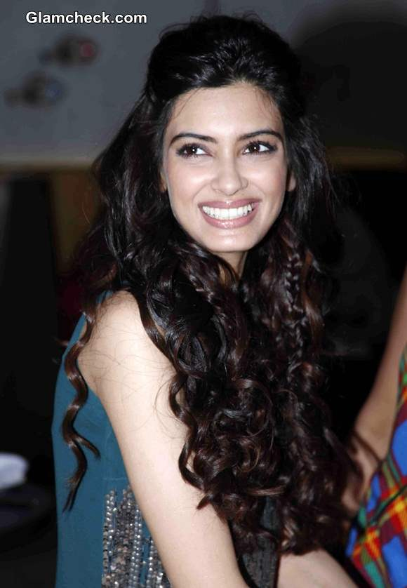 Diana Penty 2014 Hairstyle curls