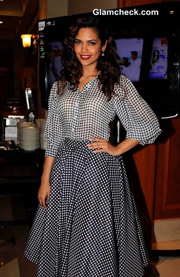 Esha Gupta 2014 pictures