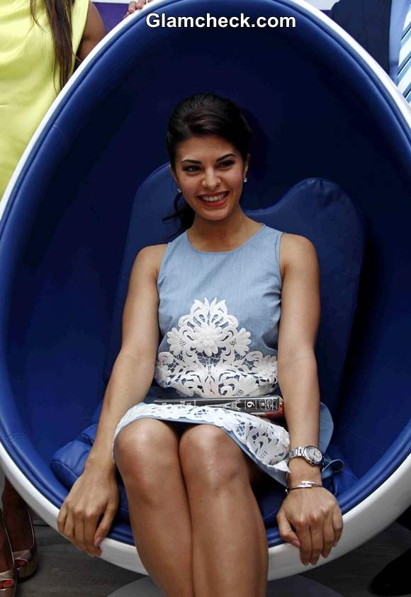 Jacqueline Fernandez 2014 at SmileBar Inauguration