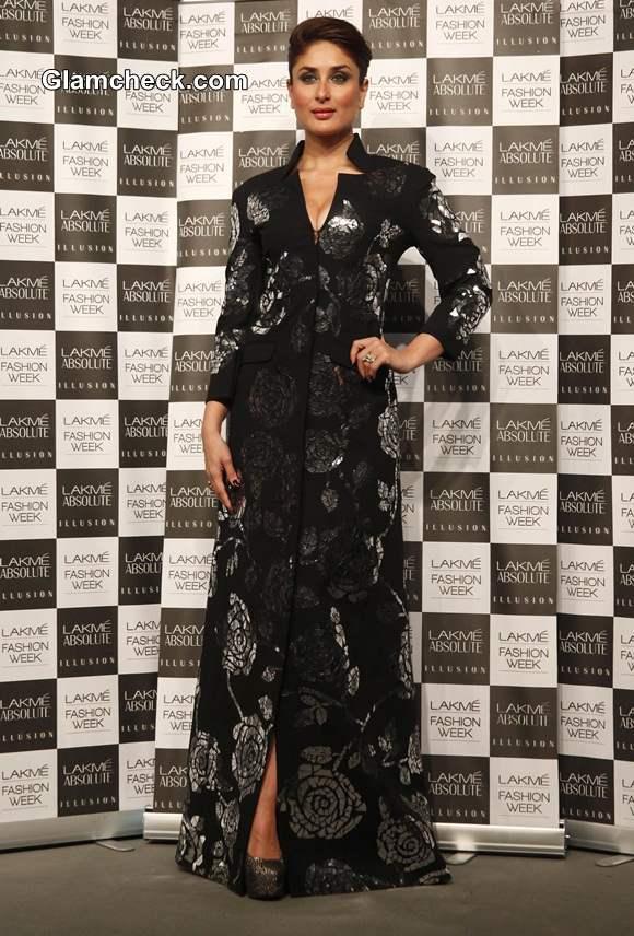 Kareena Kapoor in Rajesh Pratap Singh at LFW 2014 Summer-Resort Finale