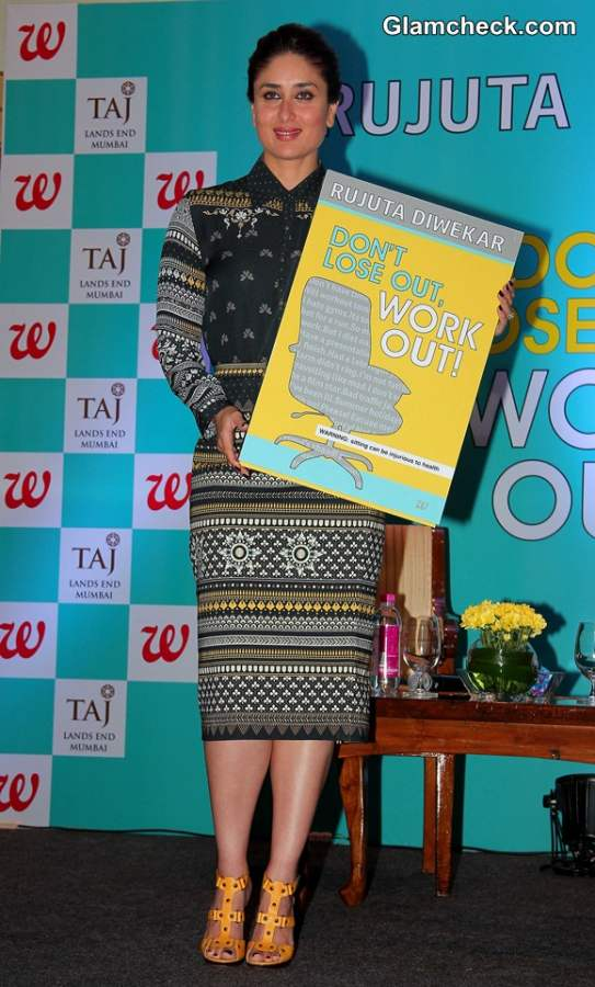 Kareena Kapoor in Tarun Tahiliani outfit at Dont Lost Out Work Out Book Launch