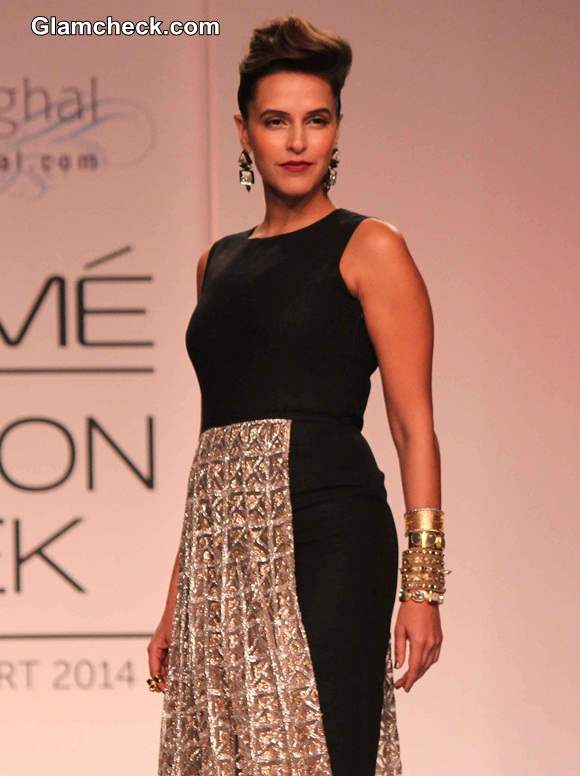 LFW S-R 2014 Neha Dhupia for Payal Singhal show