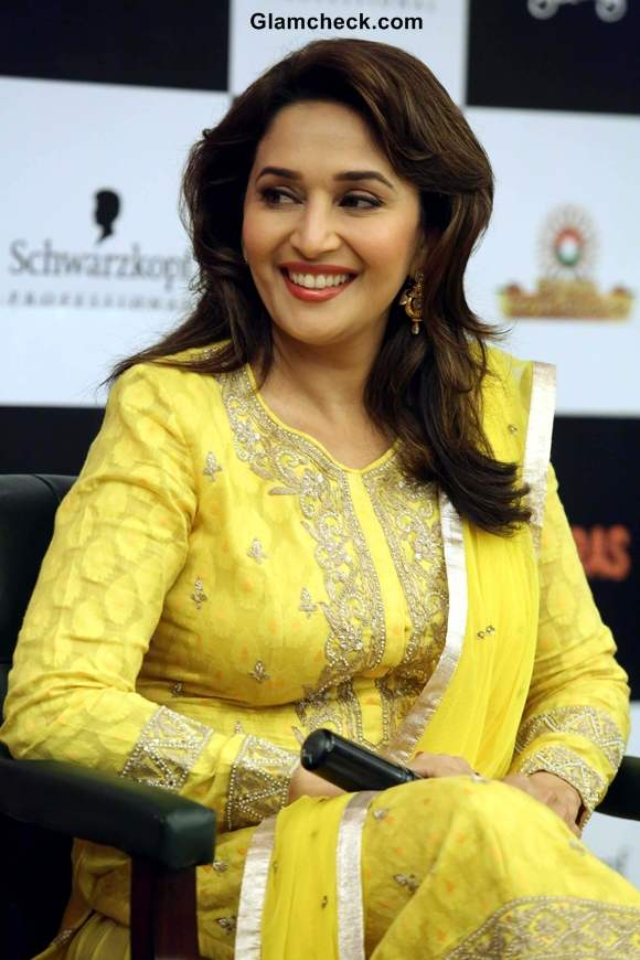 Juhi And Madhuri On Another Gulaab Gang Promo Tour In Delhi-1518