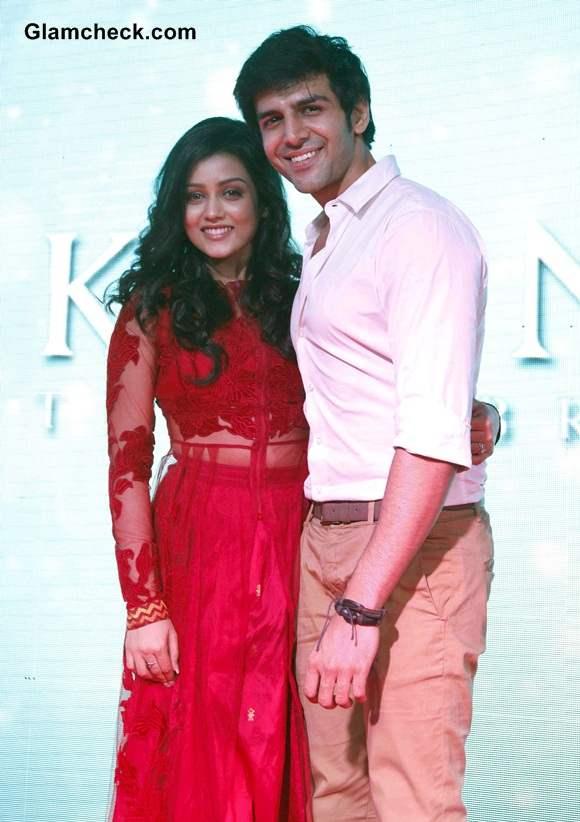 Mishti and Kartik Aaryan Pictures