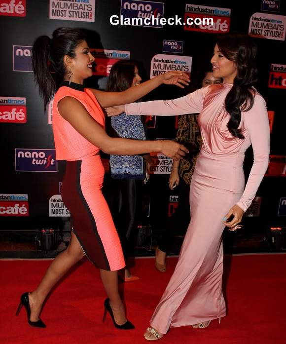 Priyanka Chopra and Sonakshi Sinha Vie for the Spotlight at HT Most Stylish Awards 2014