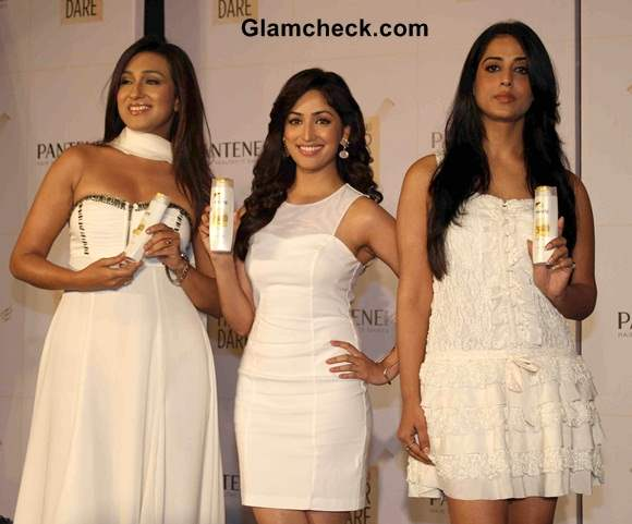 Rituparna Yami and Mahi Launch New and Improved Pantene