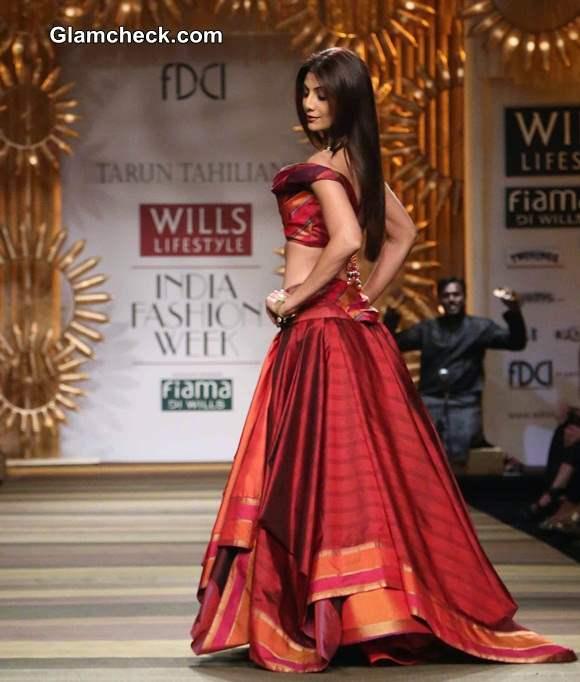 Shilpa Shetty for Tarun Tahiliani WIFW A-W 2014
