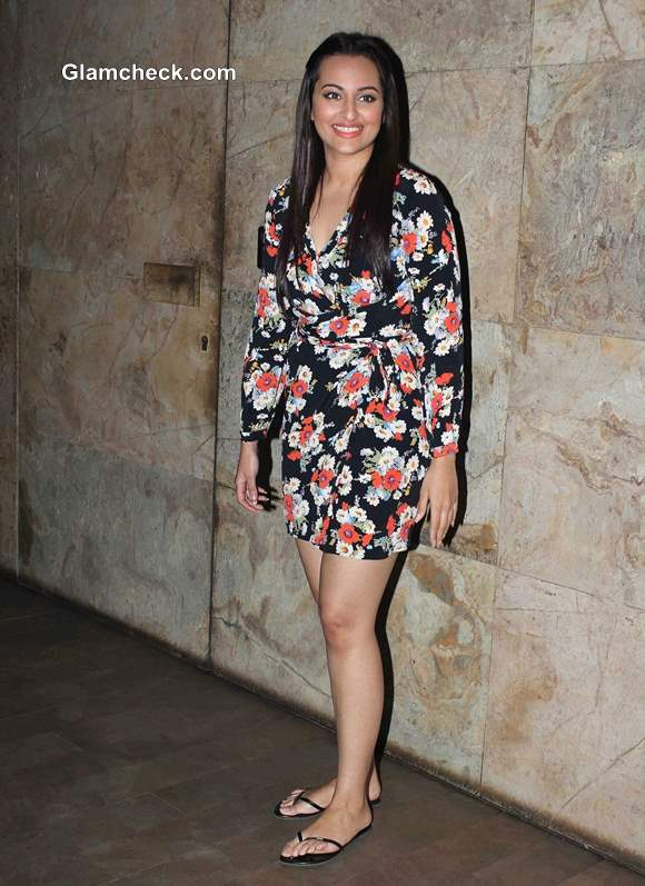 Sonakshi Sinha in dress 2014