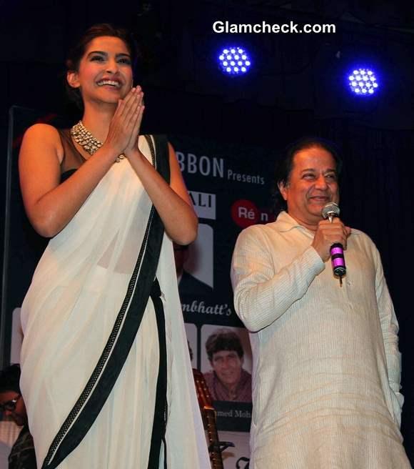 Sonam Kapoor in Tarun Tahiliani at Kuchh Dil Ne Kaha Album Launch